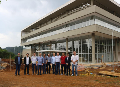 Comitiva de Xanxerê visita habitats de inovação de Joaçaba e Luzerna